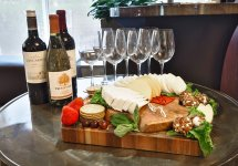 food_wine_cheese-1