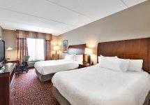 hotel_room-1