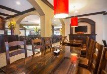 restaurant-interior-3